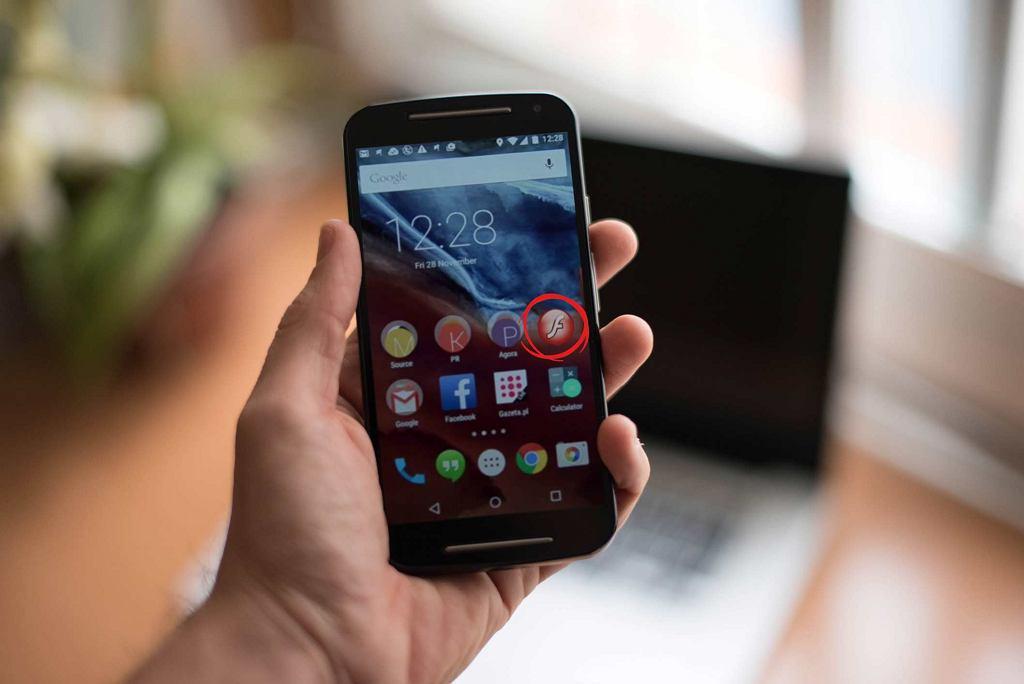 Wirus na Androida podszywa się pod Flash Playera