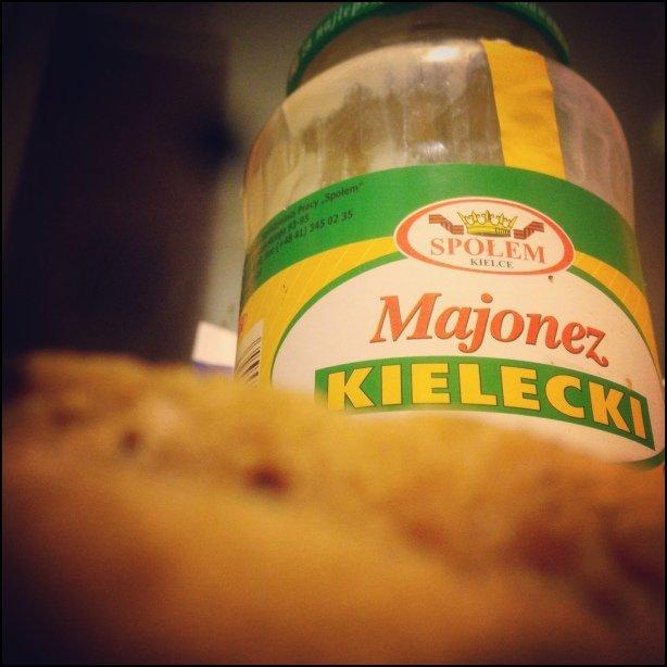 Przyczajony majonez, ukryty chleb
