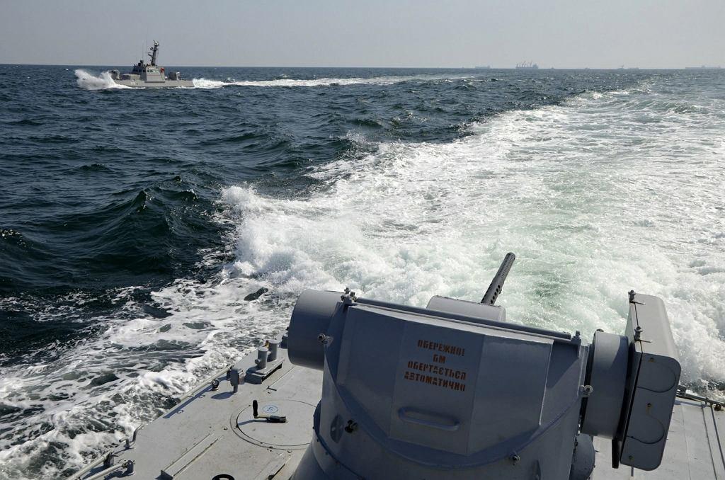 Ukraińska marynarka wojenna: Rosjanie otworzyli ogień do ukraińskich okrętów