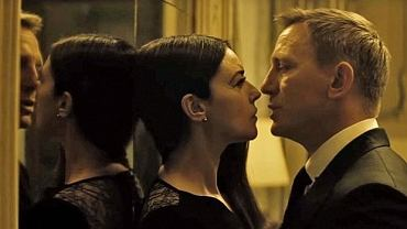 "Daniel Craig i Monica Belucci w ""Spectre"""