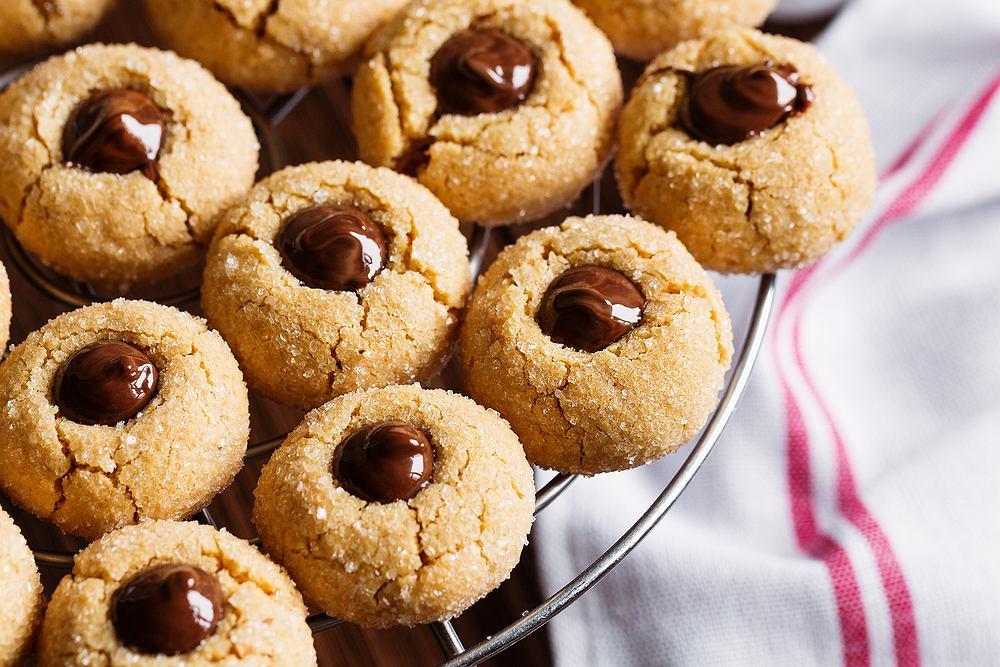 Maślane ciasteczka guziczki z Nutellą