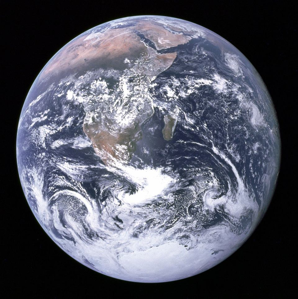 Zdjęcie numer 3 w galerii - Jesteśmy sami, bo Ziemia powstała za wcześnie