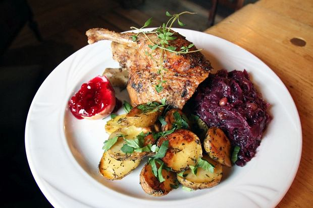 Gdzie zjeść w Sopocie? 10 najlepszych restauracji zdaniem klientów [RANKING]
