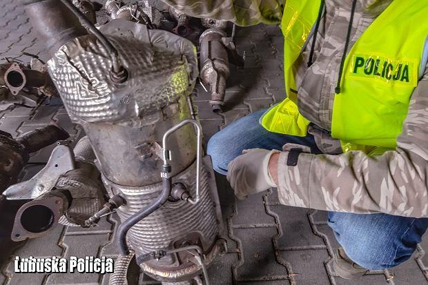 Policja nakryła 25-latka na kradzieży katalizatora. 'To plaga'