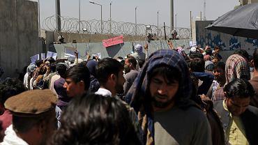 Zamach na lotnisku w Kabulu