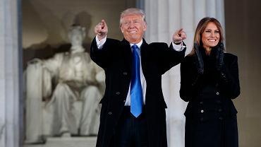 Prezydent  -elekt Donald Trump i jego żona Melania Trump podczas uroczystości przed Lincoln Memorial, Waszyngton, 19 stycznia