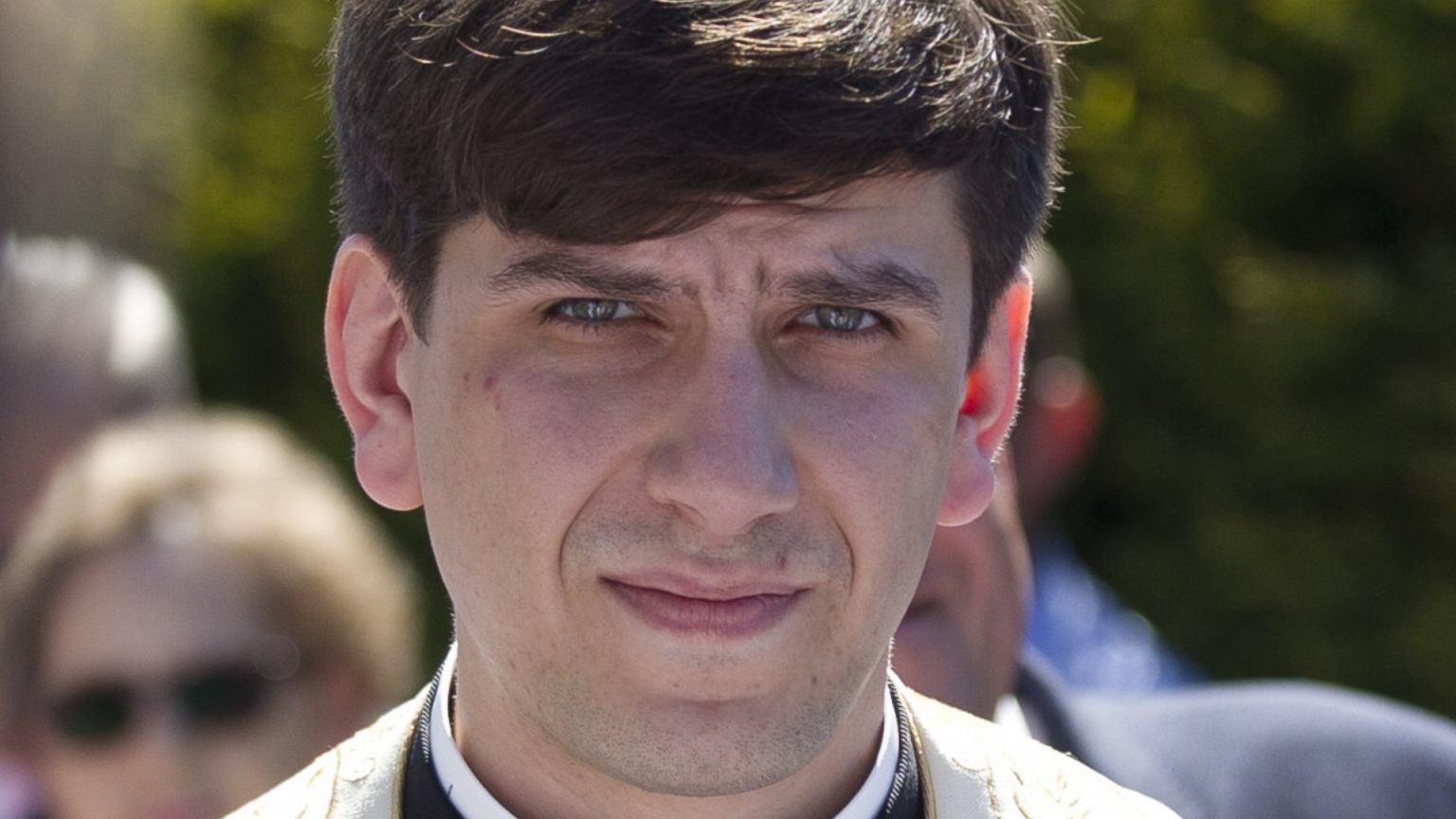 Prawnik Tymoteusza Szydło komentuje plotki. Rezygnuje z kapłaństwa, bo ma zostać ojcem? Jednoznaczna odpowiedź