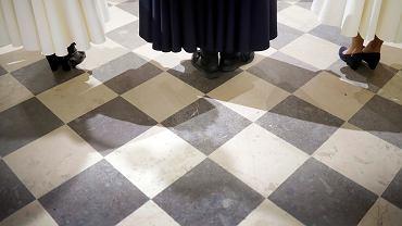 Zakażeni księża