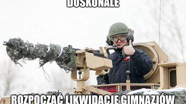Kiedy prezydent testował sprzęt, PiS zaproponował nowe granice Warszawy