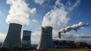Kopalnia węgla brunatnego PGE Turów zasila węglem stojącą tuż obok elektrownię