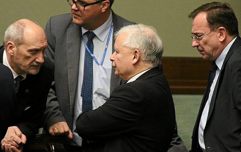 Jarosław Kaczyński, Antoni Macierewicz i Mariusz Kamiński