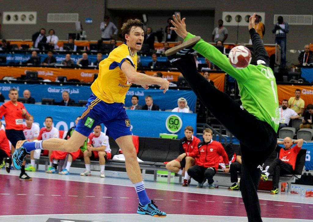 Jonas Kallman pokonuje Sławomira Szmala, ale to Polska pokonała Szwecję!