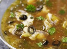 Rosyjska zupa rybna - ugotuj