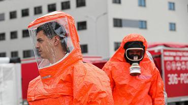 Ćwiczenia w związku z koronawirusem: mobilne izby przyjęć koło szpitala uniwersyteckiego w Prokocimiu
