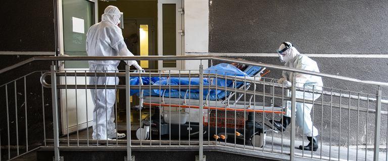 Prof. Andrzej Matyja: Pojawił się u pacjentów nowy objaw koronawirusa