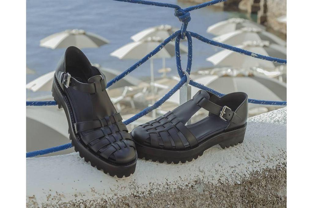 Sandały na platformach