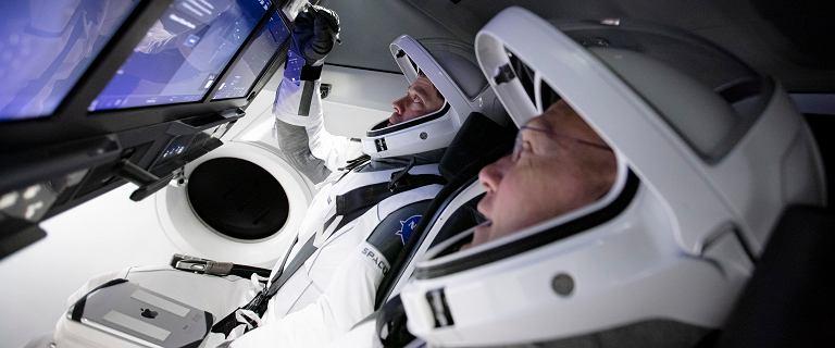 Elon Musk wysyła ludzi na orbitę. Kapsułę Dragon Crew i ISS będzie można zobaczyć nad Polską