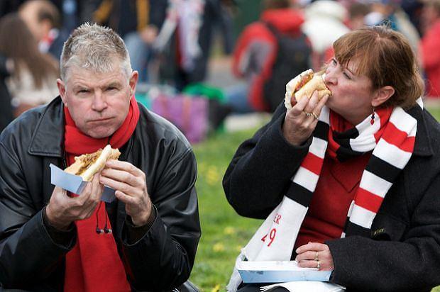 Kiepsko się odżywiasz, więc masz wysoki poziom cholesterolu we krwi? To za duże uproszczenie