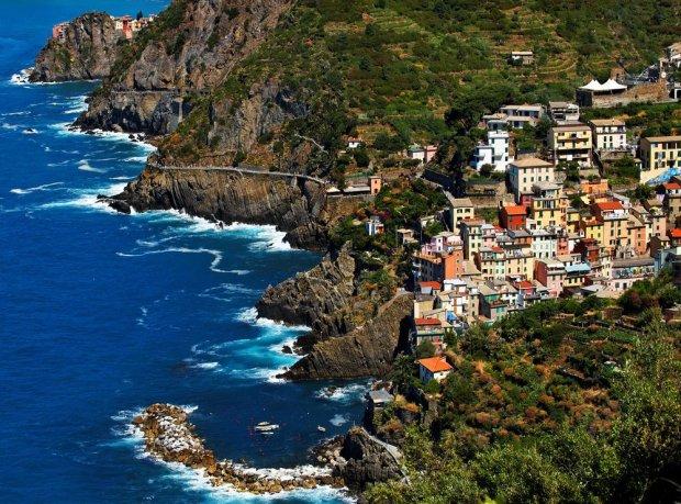 Gołe i... niewidoczne dla oczu. 8 pięknych, ukrytych plaż nudystów w Europie