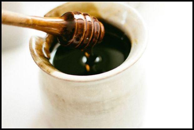 Miodem posmarujesz nie tylko chleb (fot. Pexels.com CC0)