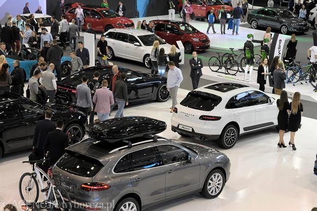 Rekordowy maj dla sprzedawców nowych samochodów w Polsce