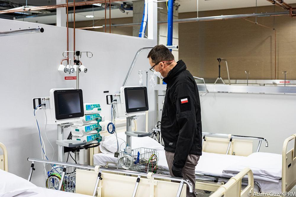 Premier Mateusz Morawiecki w Szpitalu Narodowym