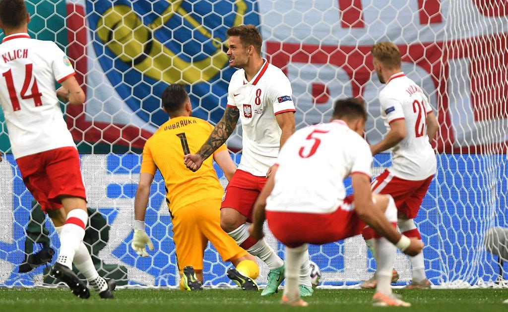 Mecz Polska Słowacja na Euro 2020. St. Petersburg, Rosja, 14 czerwca 2021