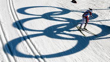 Marit Bjoergen na trasie sztafetowego biegu w Soczi
