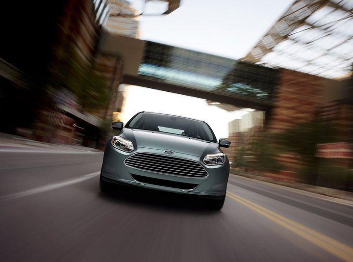 Ford pyta: jaki dźwięk powinny wydawać elektryczne samochody?