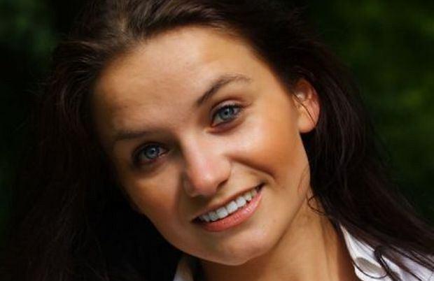 Ilona Klejnowska może okazać się nową bronią PiS w walce o wyborców. Wiceszefowa biura prasowego Prawa i Sprawiedliwości wkracza do akcji.