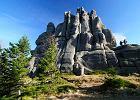 Polska. Główny Szlak Sudecki - najdłuższy wodospad, skalne miasta i alpejskie krajobrazy