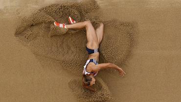 Brytyjska Jessica Ennis w skoku w dal do siedmioboju