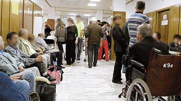 Pacjenci oczekujący w Centrum Onkologii w Warszawie