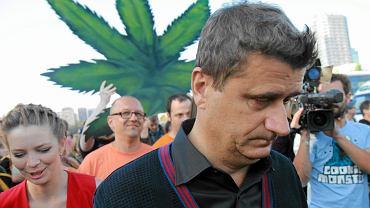 Janusz Palikot podczas demonstracji na rzecz legalizacji marihuany.