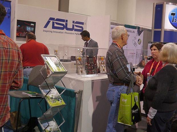 Stoisko Asus na targach CES 2012