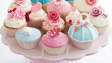Cupcakes - modna alternatywa dla weselnego tortu
