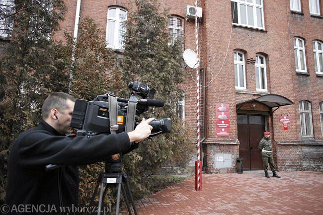 Dziennikarz przed prokuraturą wojskową w Poznaniu
