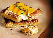 Ciasto francuskie z pomarańczami i pistacjami - ugotuj