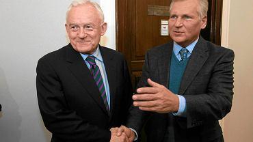 1 grudnia 2011 r. Leszek Miller i Aleksander Kwaśniewski w Sejmie