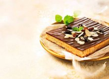 Mazurek orzechowy z czekoladą - ugotuj