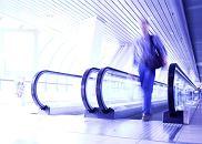 Podróże: lotniskowy survival, podróże, wakacje