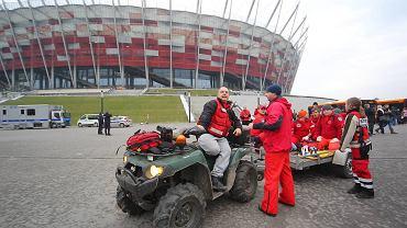 Euro 2012 coraz bliżej. Warszawa przygotowuje się na najazd kibiców. Służby medyczne ćwiczyły dziś przed Stadionem Narodowym