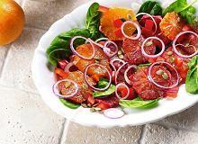 Sałatka z pomarańczy i czerwonej cebuli - ugotuj