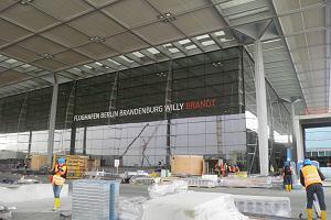 Nowe lotnisko w Berlinie ma ogromne opóźnienia. Znów przełożą otwarcie?