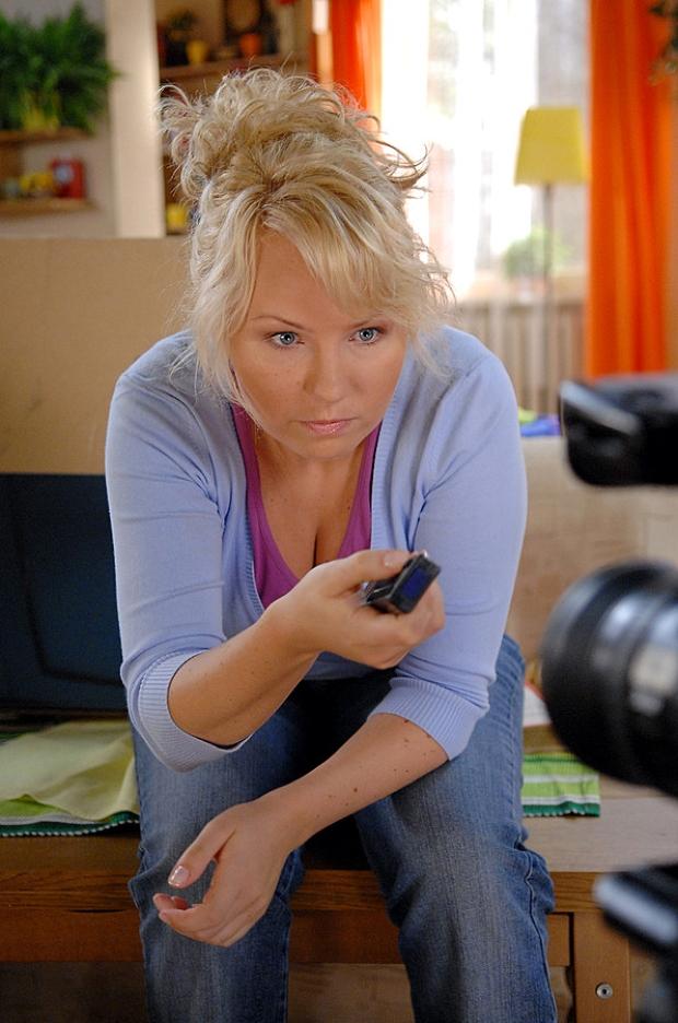 Anna Guzik - Hela