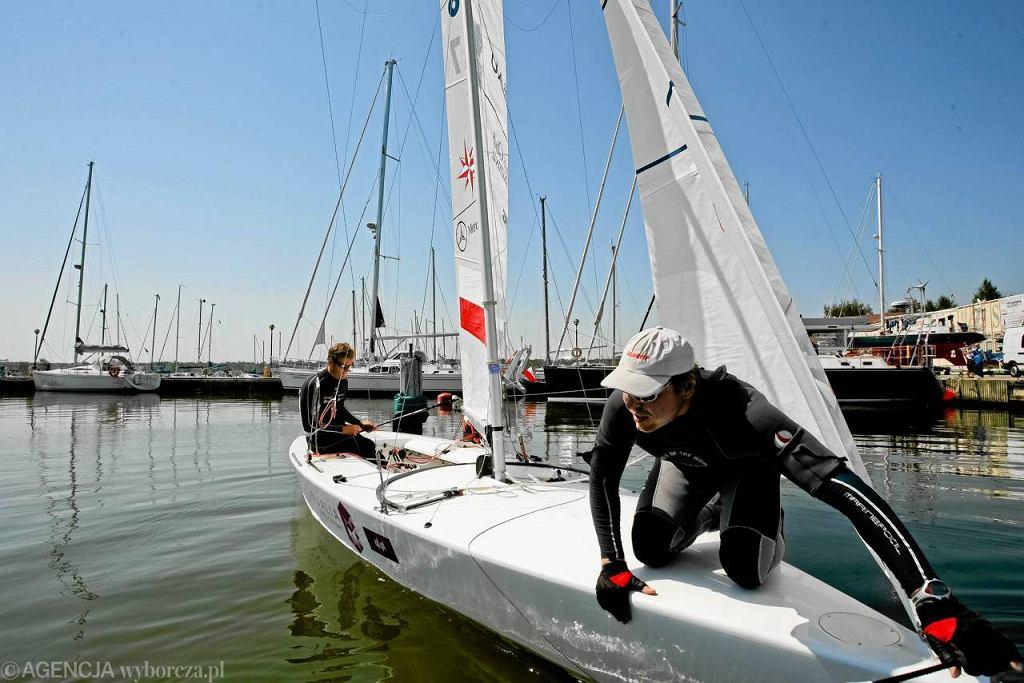Mateusz Kusznierewicz i Dominik Życki przygotowują się do Igrzysk Olimpijskich w Londynie. Reportaż z ich treningu w poniedziałkowej
