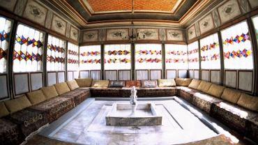 Pałac Chanów. W Bakczysaraju znajdowała się stolica chanatu Krymskiego. Mieszkają tu ostatni prawdziwi Tatarzy.