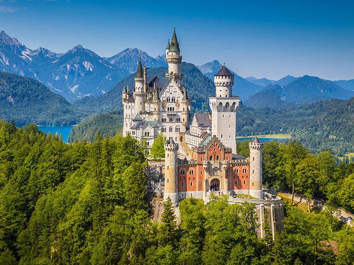 Zamek Neuschwanstein położony na terenie gminy Schwangau. Fot. Shutterstock