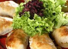 Empanadas (pierogi) z kukurydzą i cebulą - ugotuj