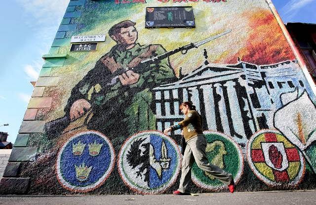 Murale na ulicach Belfastu